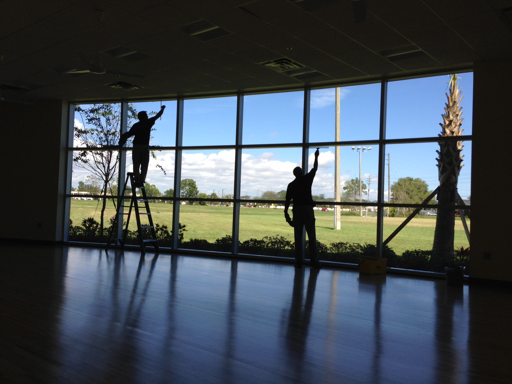 Commercial window cleaning sparkall cleaners for Commercial windows